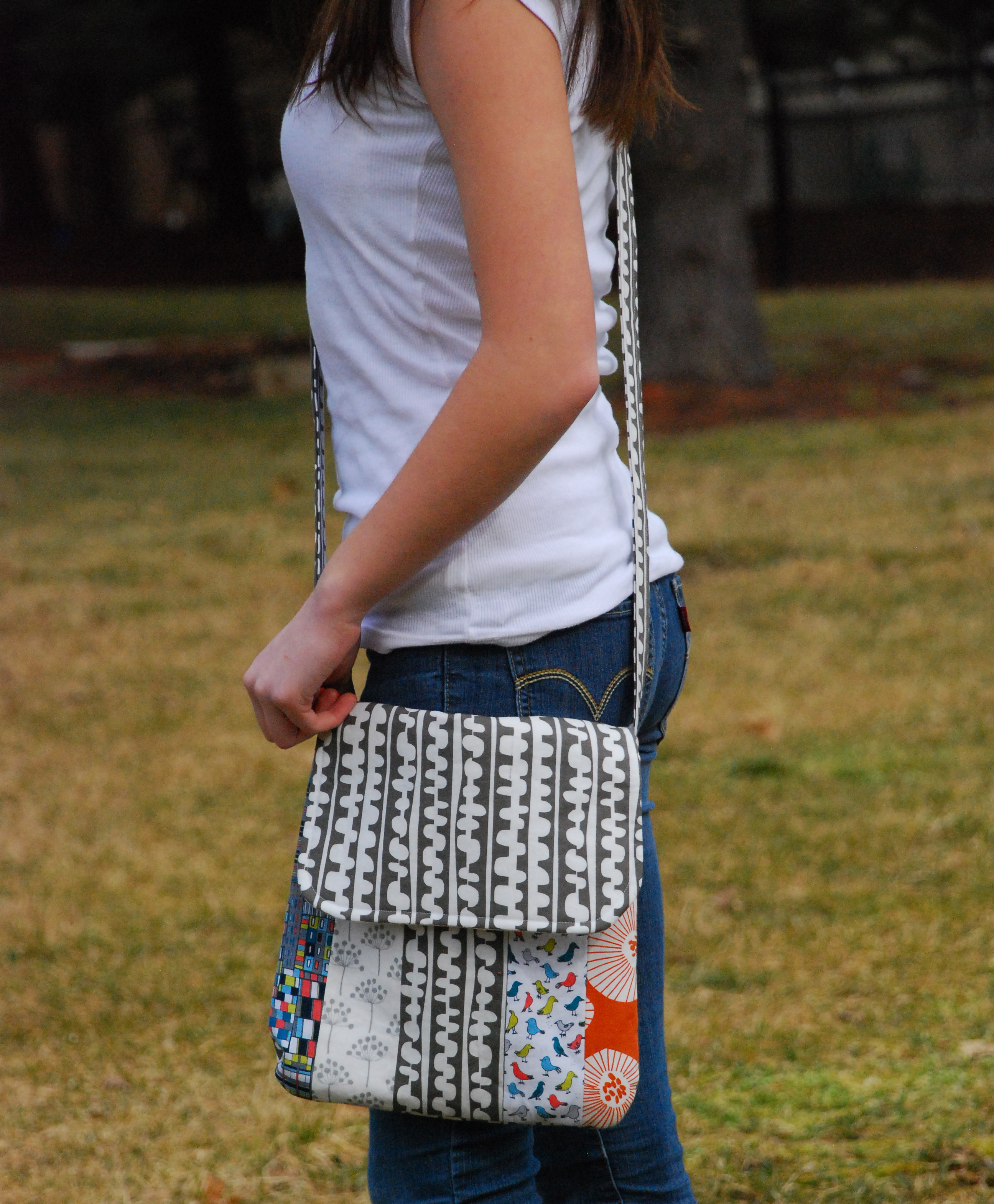 Purse schoolhouse patterns messenger bag sewing pattern in the shop gray on lyds jeuxipadfo Gallery